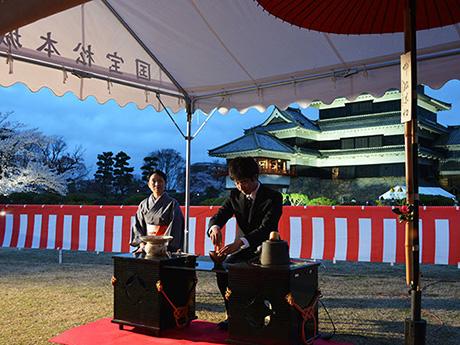 国宝松本城「夜桜会」